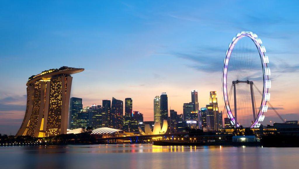 Singapura Lockdown: Semua WFH, Dilarang Dine In di Resto