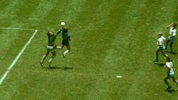 Eks Wasit Ini Kenang Lagi Gol Tangan Tuhan Maradona di Piala Dunia 1986