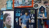 Di Naples, Maradona Lebih Berarti daripada San Gennaro
