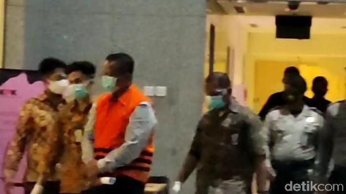 Edhy Prabowo dibawa ke RUtan KPK