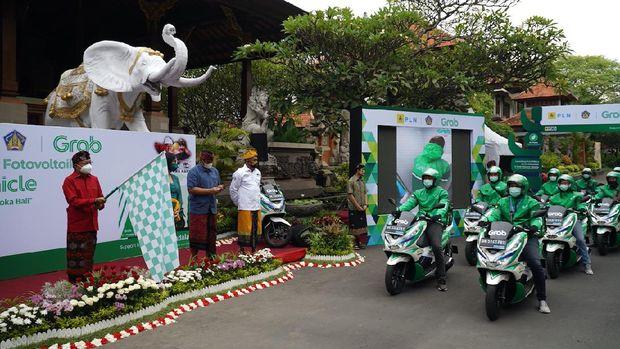 Peluncuran motor listrik di Bali.