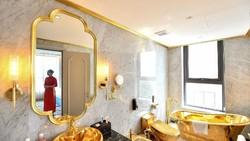 Potret Hotel Mewah Berlapis Emas di Vietnam