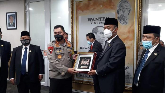 Kapolda Metro Jaya Irjen Fadil Imran menemui pimpinan DPRD DKI.
