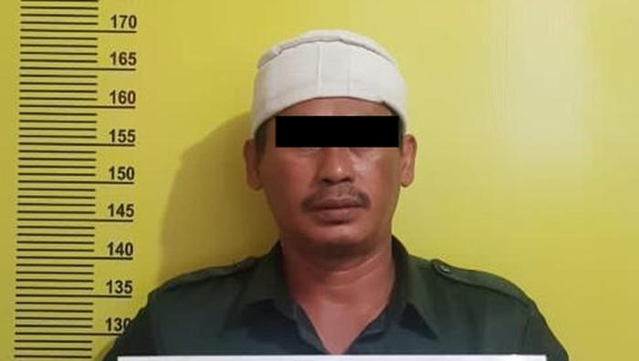 Ketua FPI Pekanbaru ditahan polisi (dok. Istimewa)