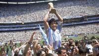 Ketika Magi Maradona Bikin Komentator Ini Menangis