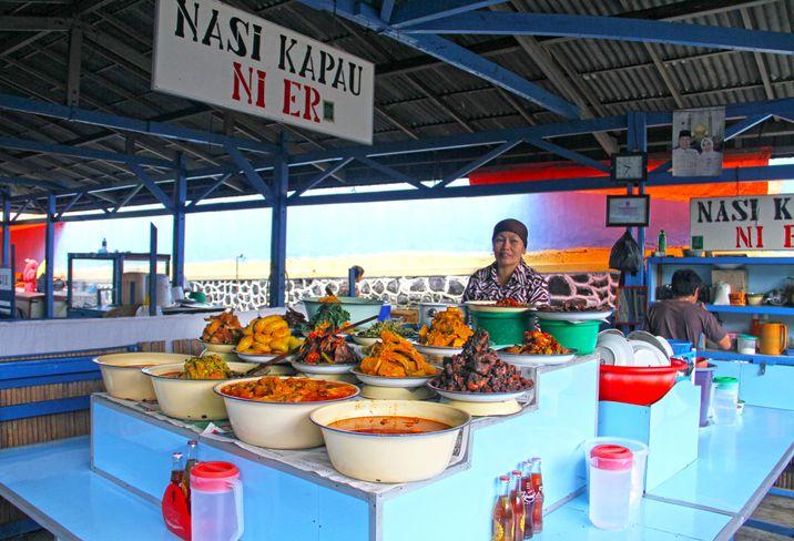 Nagari Kapau, Tempat Kelahiran Nasi Kapau yang Kini Kian Populer