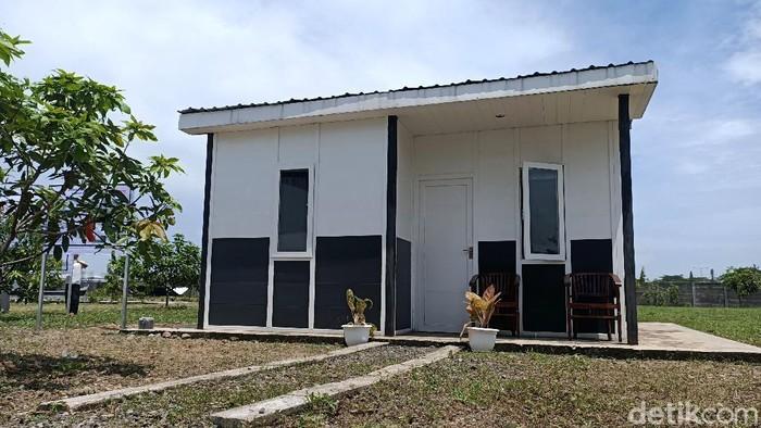 Rumah ramah gempa berbahan UPVC bisa jadi alternatif hunian di kawasan rawan gempa seperti di Indonesia. Bermodalkan Rp 65 jutaan warga bisa membangun rumah itu