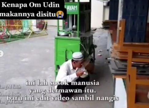 Penjual Mie Ayam yang Hobi Sedekah