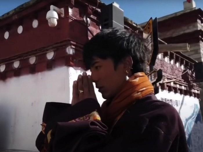 Pria Tibet Viral