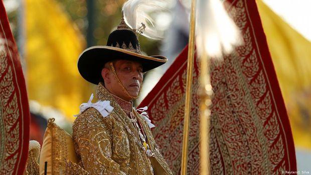 Raja Thailand Dituntut Kembalikan Aset Monarki Ke Negara
