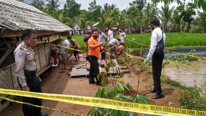 Sumur tua tempat 4 warga Lombok, NTB, terjatuh dan ditemukan tewas.
