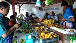 5 Rumah Makan Nasi Kapau Enak di Sekitar Jakarta, Mampir Yuk!