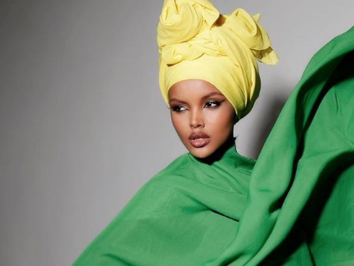 Halima Aden, model berhijab yang kini pensiun dari dunia fashion.