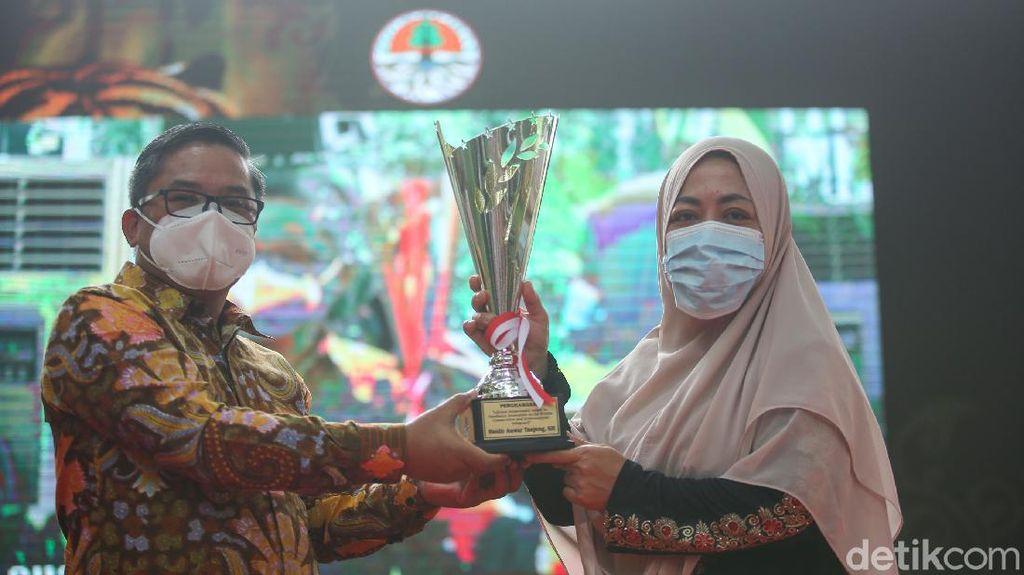 KLHK Beri Lifetime Achievement Award ke Jurnalis detikcom Haidir Anwar Tanjung