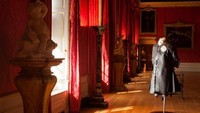 Galeri raja ini terlihat hampir persis pada masa Raja George 1 pada tahun 1975. Kabas-kanvas menampikan pemandangan dari kehidupan Ulysses. (Kensington Palace)