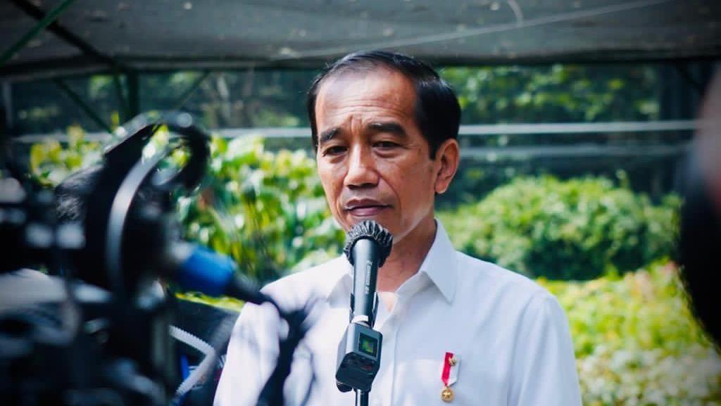 Jokowi Tinjau Pusat Sumber Benih dan Persemaian di Rumpin Bogor