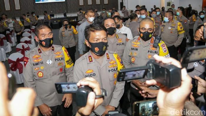 Kapolda Jatim Siapkan Personil Gabungan Siap Wujudkan Aman, damai, sejuk dan Patuh Protokol Kesehatan