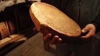 Keju dan Permen Kematian Jadi Tradisi Pemakaman Unik di Dunia