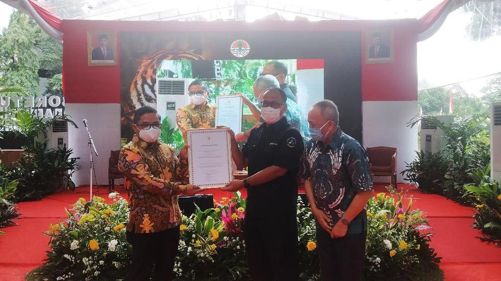 KLHK Beri Penghargaan Wildlife Survival Achievement Award kepada detikcom
