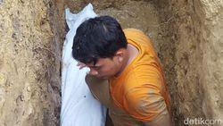Tak Hanya Utuh, Jasad Kiai di Sampang yang 3 Tahun Terkubur Ini Juga Wangi