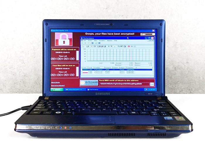 Laptop paling berbahaya di dunia, berisi 6 malware ganas