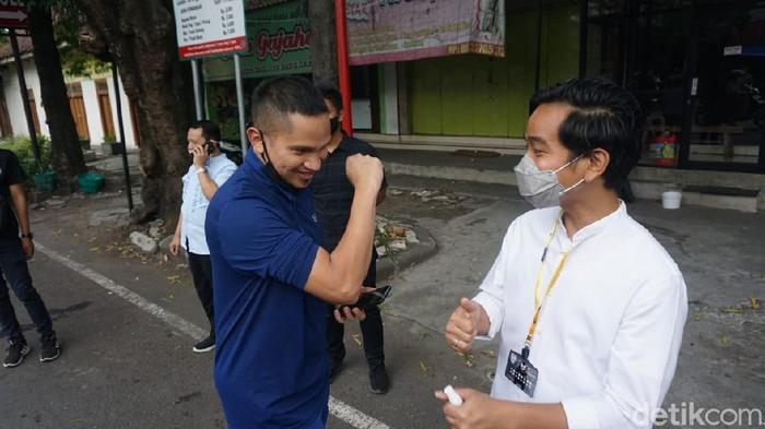 Mumtaz Rais dan Gibran Rakabuming Raka di Solo, Jumat (27/11/2020). Mumtaz Rais menyatakan siap memenangkan Gibran di Pilkada Solo.
