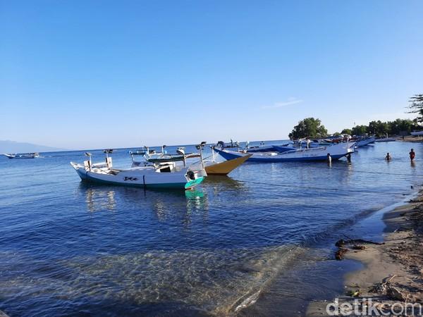 Ada dermaga kecil untuk nelayan yang menyandarkan perahu. (Dokumen Pokdarwis Desa Malaju)