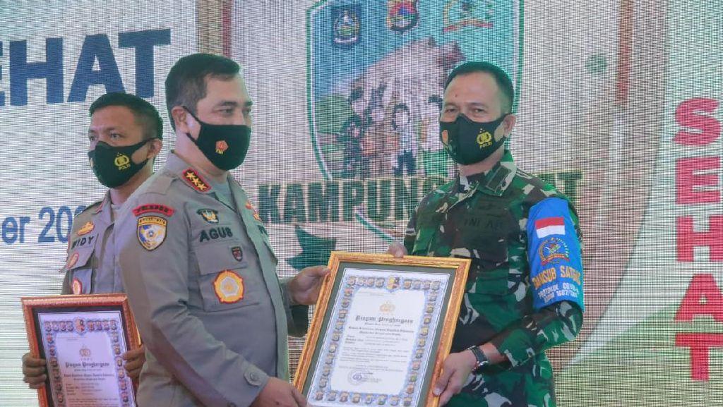 Dandim 1607/Sumbawa Raih Anugerah Awards Kampung Sehat NTB 2020