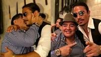 Maradona Punya Meja Istimewa di Restoran Salt Bae