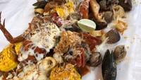 Masak Masak : Seafood Ambyar Topping Keju Leleh yang Enak Dimakan Bareng