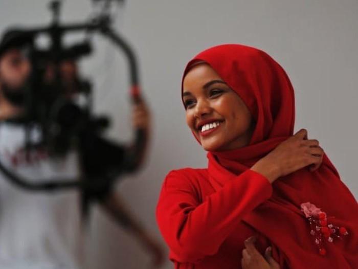 Halima Aden. Foto: Instagram @halima