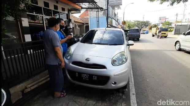 Pencurian ban mobil di tasikmalaya