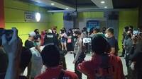 Nekat Buka di Tengah Pandemi, 3 Tempat Karaoke di Cianjur Digerebek Polisi