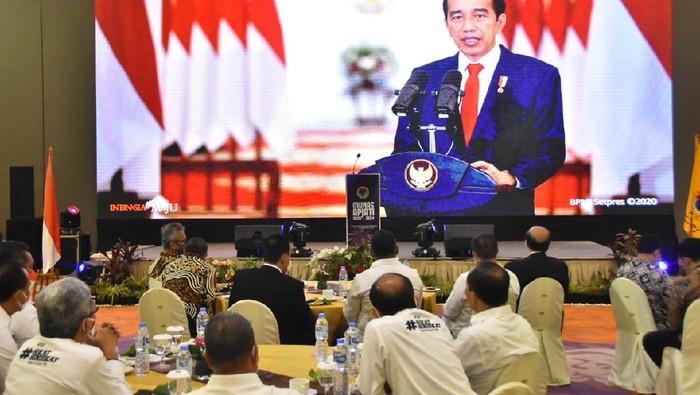 Preiden Jokowi dan Kepala BP2MI Benny Rhamdani dalam Musyawarah Nasional (Munas) APJATI