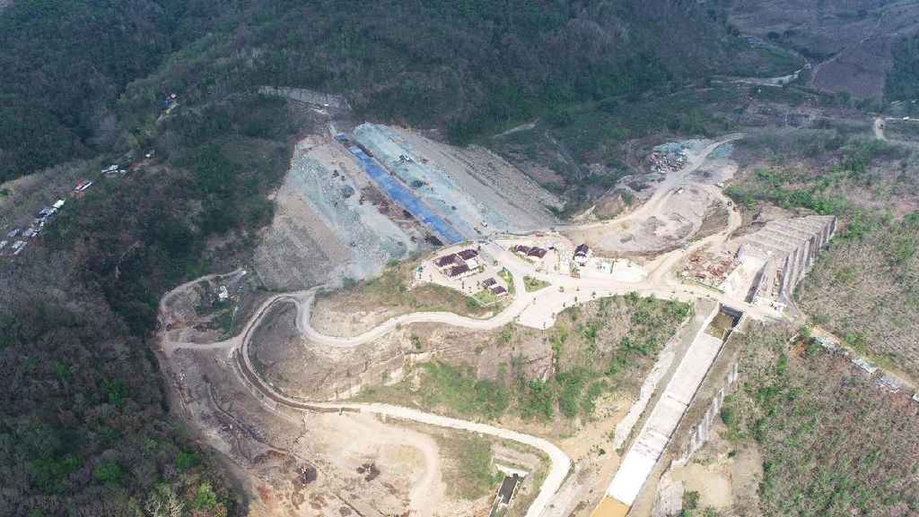 Mengintip Pembangunan Bendungan 71 Meter di Jawa Timur