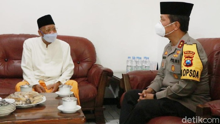 Sowan ke Ketua MUI, Kapolda Jatim Gandeng Ulama Jaga Jatim Kondusif