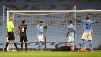 Manchester City Subur Lagi