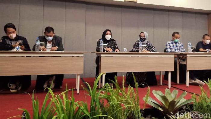 Anggota keluarga pengeroyok anggota TNI ngaku diteror di medsos