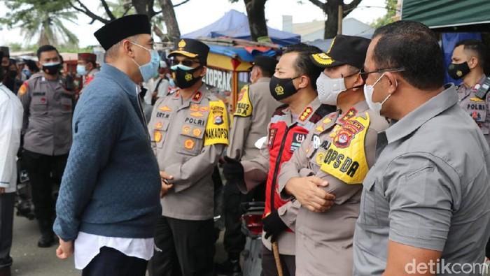 Kapolda Banten mengecek prokes kegiatan haul Syekh Abdul Qodir Zaelani di Tangerang
