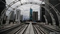 Melihat Perkembangan Pembangunan Jembatan Bentang Panjang LRT