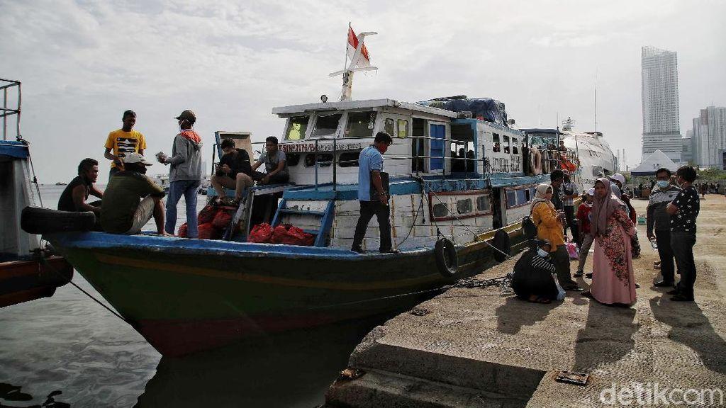 Melihat Ramainya Wisatawan ke Pulau Seribu Jelang Libur Akhir Tahun