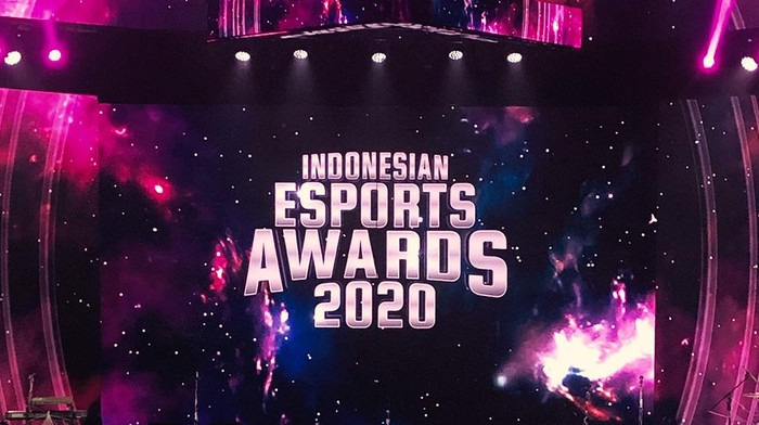 Tim RRQ Raih Indonesia Esports Awards 2020
