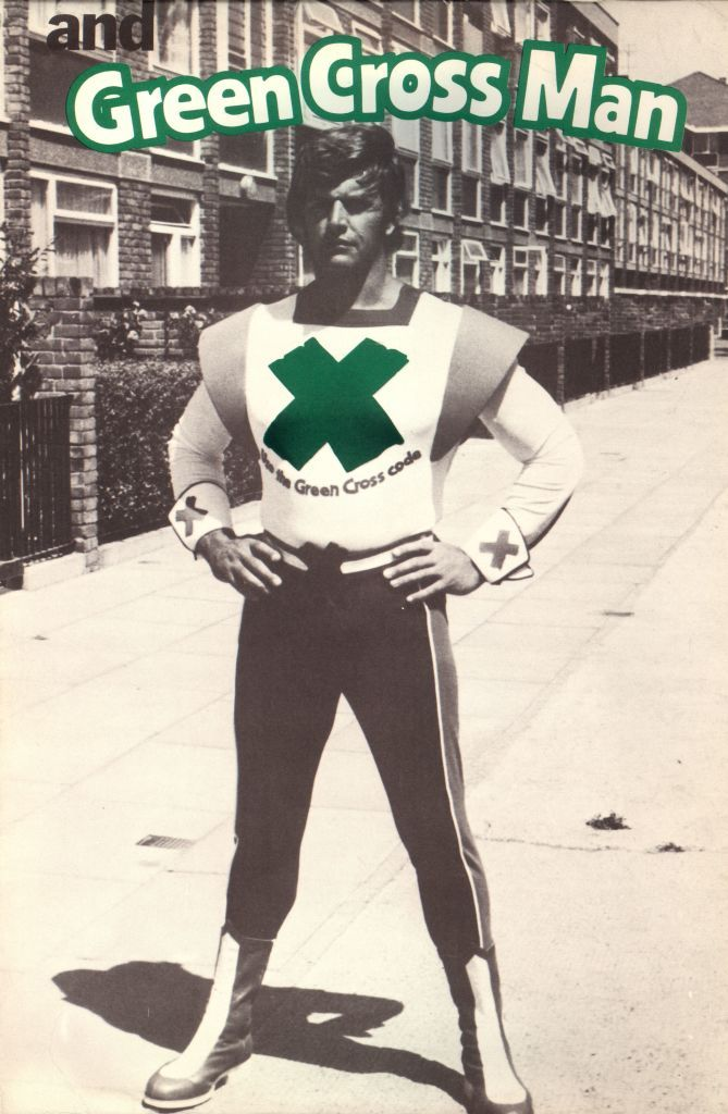English actor Dave Prowse as the Green Cross Man for a road safety campaign aimed at children and promoting 'The Green Cross Code', 1977.  (Photo by Evening Standard/Hulton Archive/Getty Images)