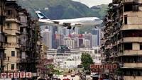 Dahulu, bangunan di daerah Bandara Kai Tak Hong Kong harus mematuhi aturan ketat terkait batas ketinggian. Itu untuk memastikan keamanan fasilitas tersebut.