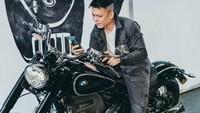 Ariel Noah Mau Touring ke Kalimantan Pakai Moge BMW Klasik