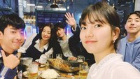 Keseruan Bae Suzy Cicip Makanan Enak Saat Syuting Start Up