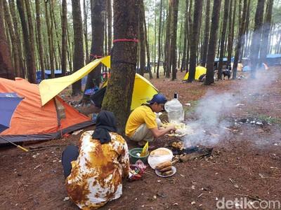 Berkemah di Hutan Lembanna Sulsel, Seru Abis!