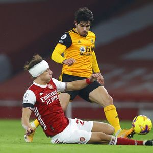 Luiz Tetap Main dengan Kepala Diperban, Arsenal Harusnya Malu