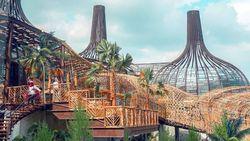 Dibuat Tertawa oleh Aksi Osil, Maskot Taman Rekreasi di Semarang
