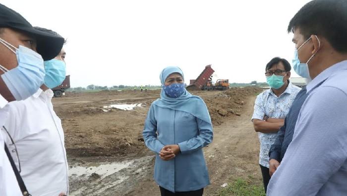 Gubernur Jawa Timur Khofifah Indar Parawansa mengatakan, berdirinya Kawasan Industri Halal (KIH) di Jatim akan mendorong perkembangan industri produk halal di Indonesia. Ia berharap produk makanan halal di Indonesia tembus sepuluh besar dunia.